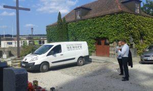 Вземане на покойник от Пасау, Германия.